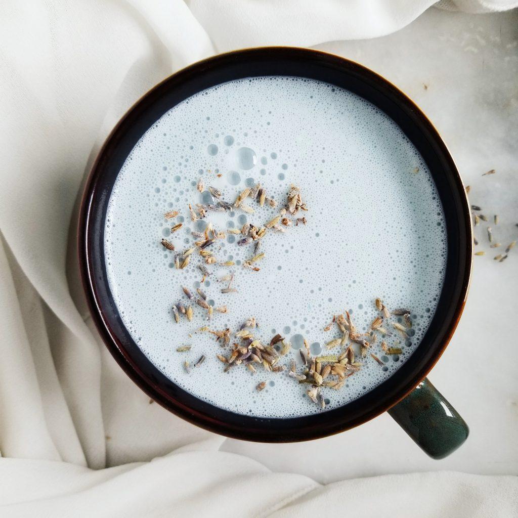 Blue Spirulina Latte: Caffeine Free, Vegan And DF